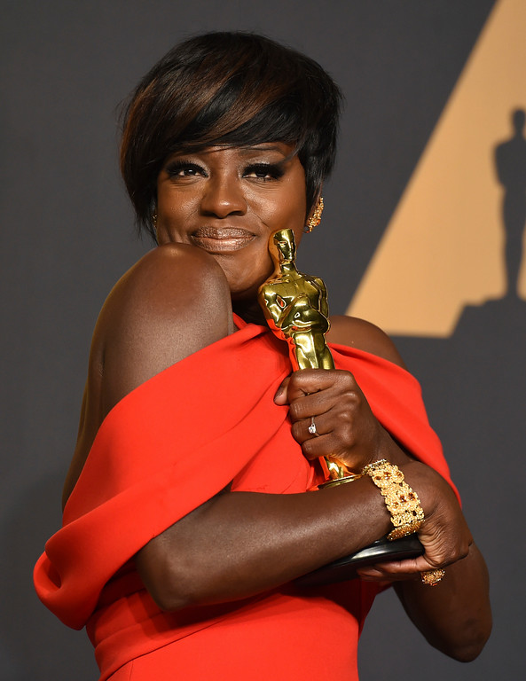 . Viola Davis poses in the press room at the Oscars on Sunday, Feb. 26, 2017, at the Dolby Theatre in Los Angeles. (Photo by Jordan Strauss/Invision/AP)