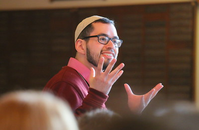 IMG_8102 shmuel dorr, replying to a question from the rabbi,,he is studying to be a cantor