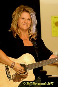Shelly Dubois - Nash Ramblers at New West 041