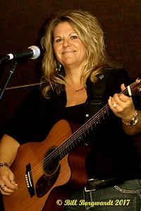 Shelly Dubois - Nash Ramblers at New West 003