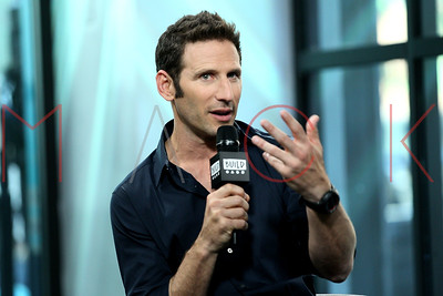 """NEW YORK, NY - SEPTEMBER 28:  Build presents Mark Feuerstein discussing the show """"9JKL"""" at Build Studio."""