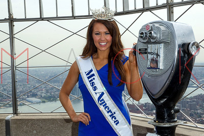 NEW YORK, NY - SEPTEMBER 12:  Miss America 2018 Cara Mund visits the Empire State Building.