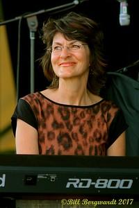 Hilda Chaisson - Cape Breton's Finest - Folk Fest 2017 480
