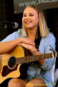 Hannah Gazso - Songwriters - BVJ 2017 0192