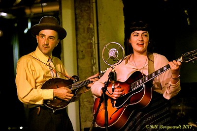 Matt & Kayla Hotte - Hottes at Needle 018