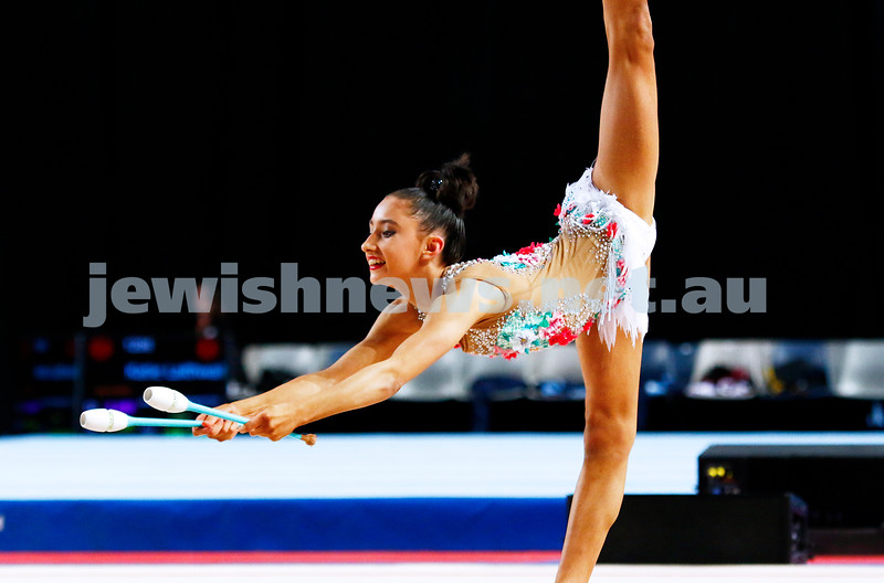 3-6-17. 2017 Australian Gymnastics Championships. Hisense Arena. Junior International Rythmic Gymnastics, Alexandra Kiroi, clubs. Photo: Peter Haskin