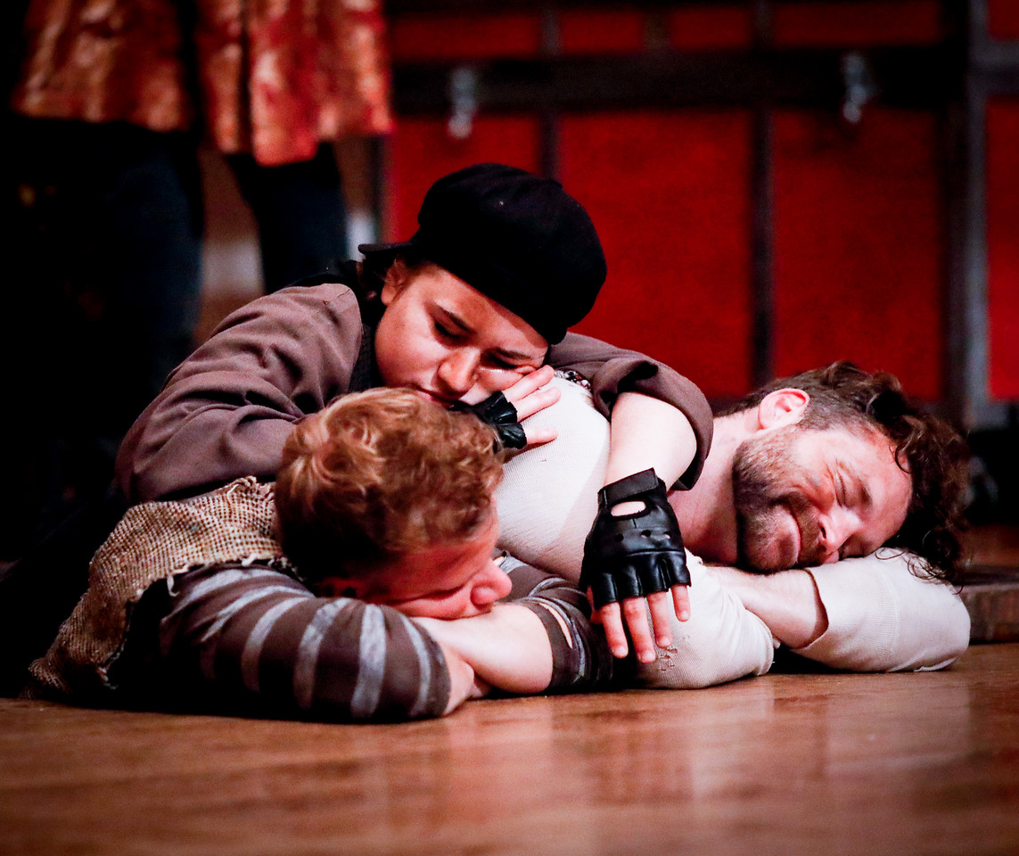 Benjamin Reed as Peter, Allie Babich as Prentiss, and Josh Innerst as Ted in PETER AND THE STARCATCHER. Photo by Lindsey Walters.