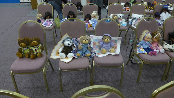 Bears and Dolls and some even got their own quilt.  Thank you all for participating.