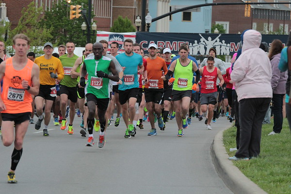2017 CM marathon and half marathon start