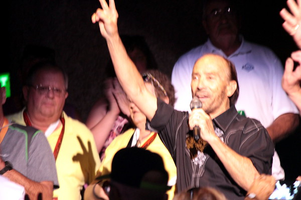 Lee Greenwood March 1