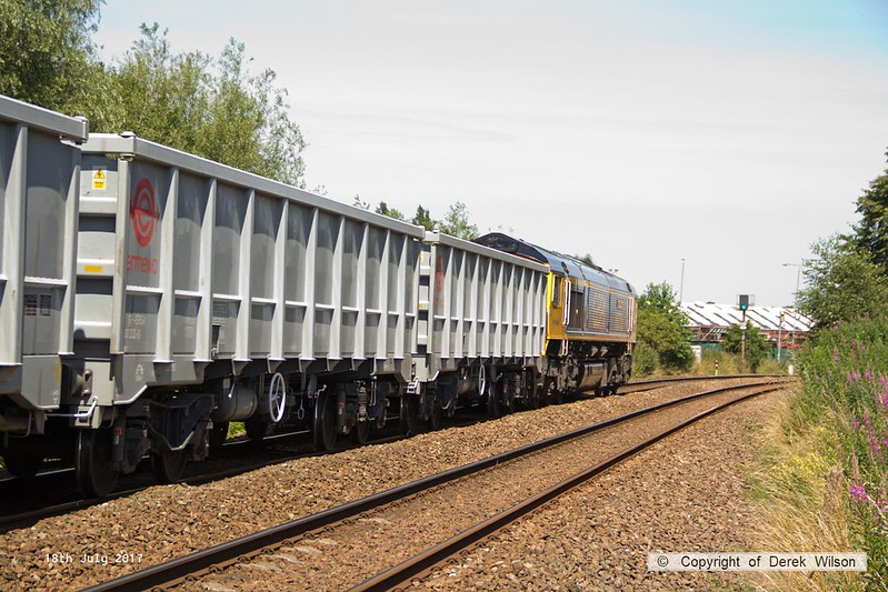 170718-004  GB Railfreight class 66/7 No 66705 Golden Jubilee is seen passing Sutton-in-Ashfield with 6E89, 10:20 Wellingborough up TC - Rylestone.
