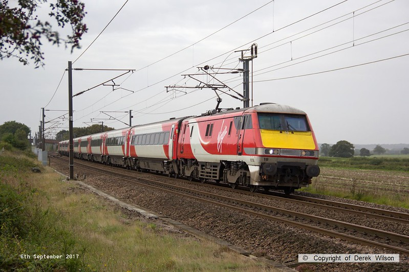 170906-006  Virgin East Coast class 91 No 91118 is captured passing Eaton Lane, near Retford, powering 1D05, the 08:06 London King's Cross - Leeds.
