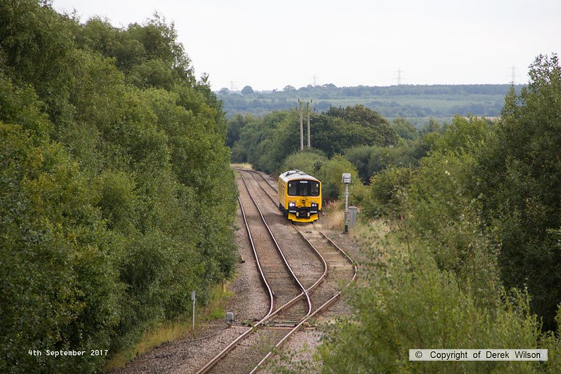 170904-009  Network Rail class 950 ultrasonic test unit No 950001 running ahead of schedule waits at the end of the branch from High Marnham, before proceeding onto the Robin Hood Line at Shirebrook East Junction.