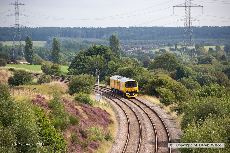 170904-003  Network Rail class 950 ultrasonic test unit No 950001 is captured nearing Welbeck Junction as it returns from High Marnham with 2Q08, 10:32 Derby RTC - Derby RTC.