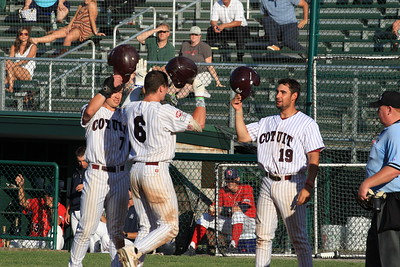 Y. D. Red Sox vs Cotuit Kettleers. Saturday June 24, 2017. Sun drenched Lowell Park