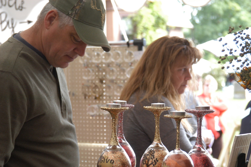 . Charles Pritchard - Oneida Daily Dispatch Attendees view demonstrations, arts and crafts at the 53rd annual Craft Days on Saturday, Sept. 9, 2017, at the Madison County Historical Society in Oneida.