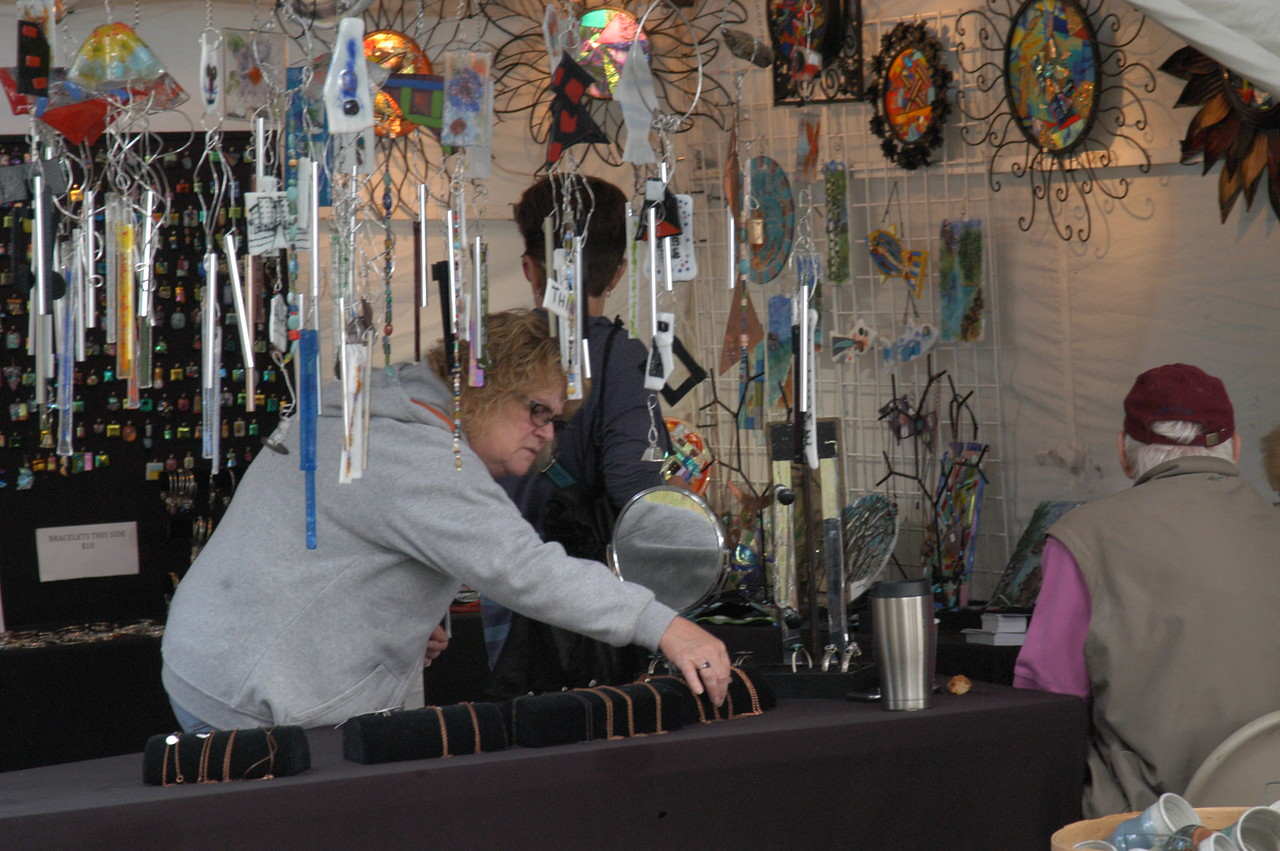 Charles Pritchard - Oneida Daily Dispatch Attendees view demonstrations, arts and crafts at the 53rd annual Craft Days on Saturday, Sept. 9, 2017, at the Madison County Historical Society in Oneida.