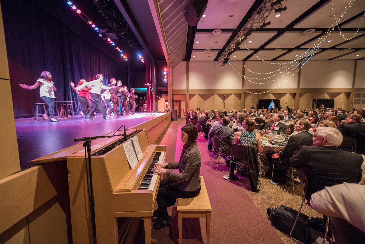Guests and honorees enjoy a musical performance at the Distinguished Alumni Dinner on Friday, March 24, 2017 in Chico, Calif. (Jason Halley/University Photographer)