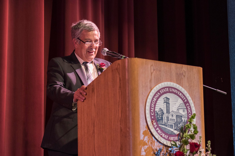 Distinguished Alumni Jose Manuel Leal da Costa (right) talks to guests and honorees during the Distinguished Alumni Dinner on Friday, March 24, 2017 in Chico, Calif. (Jason Halley/University Photographer)