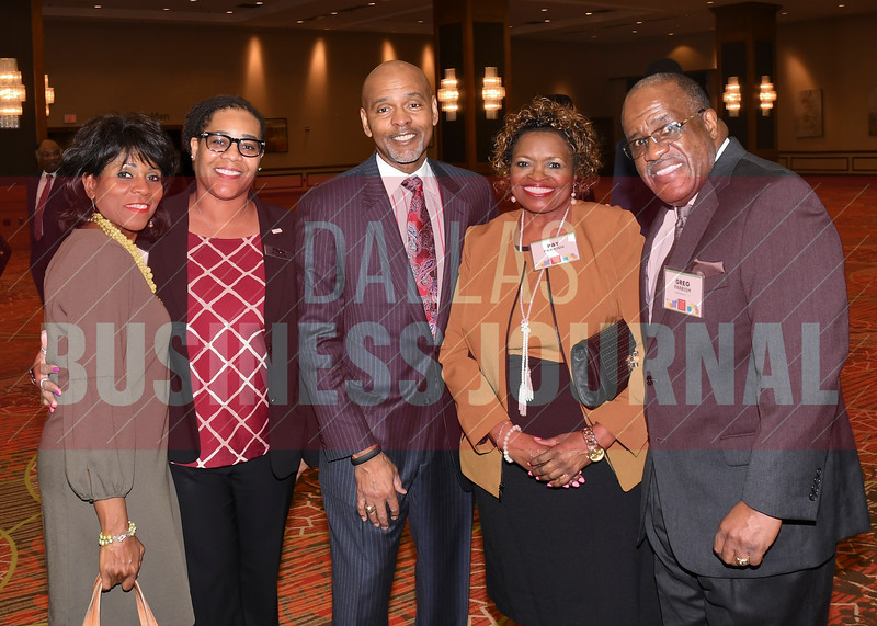 Roland Parrish. Minority Business leader's lifetime achiement award recipient, center, with Jewell Parrish, Alecia Kennedy, Pat Parrish and Greg Parrish.
