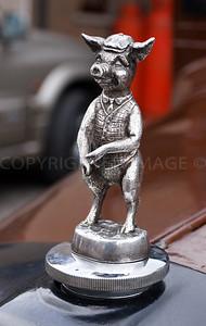 Bedford Bonnet Mascot