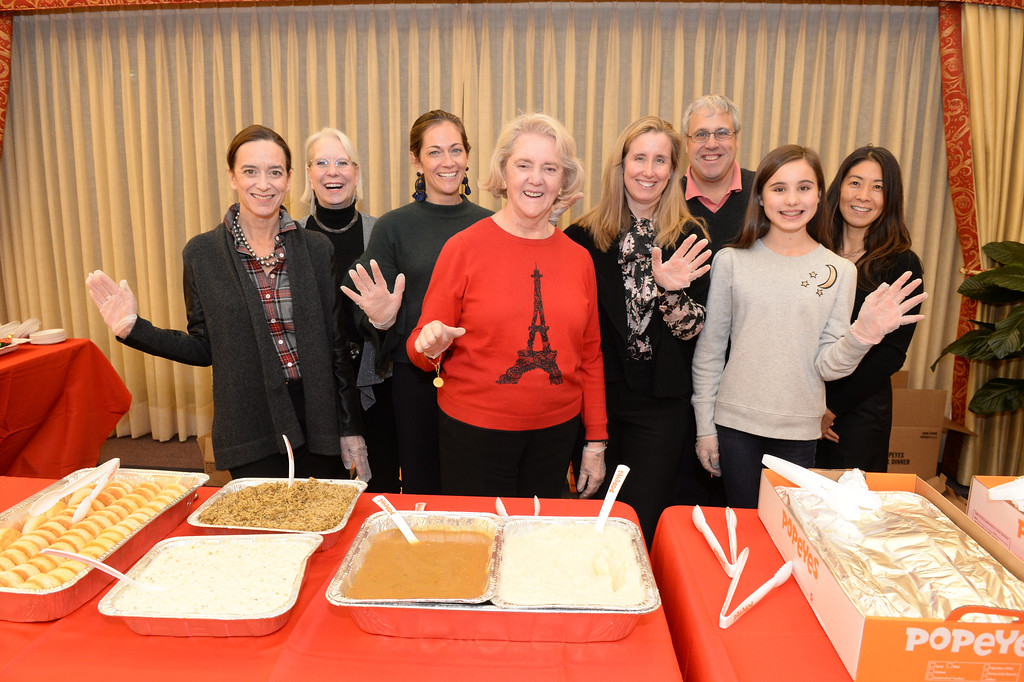 The Woman's Board of NMH 2017 Women's Clinic Holiday Party
