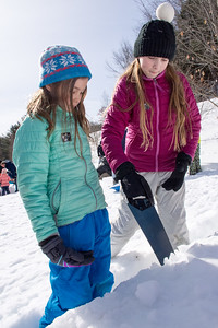 Montshire Igloo Build and The Science of Winter