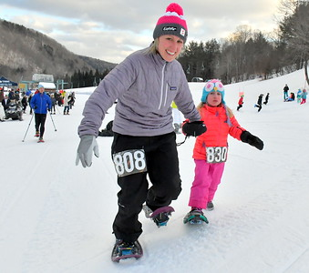 DSC_1718 samantha house of etna and lily shubkin of hanover in kids race
