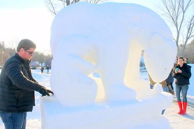 IMG_9168 Hali Issente works on Snow Bear