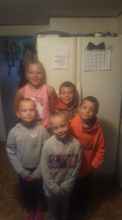 . Photo Courtesy Tiffany Howe Raelyn, Tyler, Justin Jr, Mckenzie and Kendall get ready for the first day back to school on Thursday, Sept. 7, 2017. Raelyn will attend sixth grade at Otto Shortell Middle School, Tyler third grade, Justin second grade, McKenzie first grade, and Kendall will attend kindergarten, all at North Broad Street Elementary.