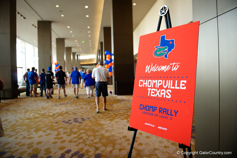Florida Gators fans as the University of Florida Gators host a pep rally at the Omni Hotel the night before the Gators take on the Michigan Wolverines in the 2017 Advocare Classic. September 1st, 2017.  Gator Country photo by David Bowie.