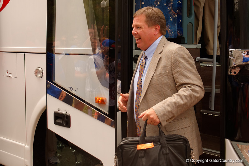 University of Florida Gators head coach Jim McElwain as the Gators walk into and across Steve Suprrier Field at  Ben Hill Griffin Stadium during Gator Walk for a date with SEC East rival, the Tennessee Volunteers.  September 16th, 2017.  Gator Country photo by David Bowie.