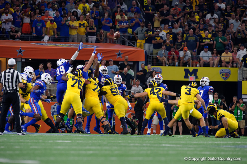 Michigan kicker Quinn Nordin misses a field goal during the second half of the 2017 Advocare Classic at AT&T Stadium in Dallas, Texas as the Florida Gators take on the Michigan Wolverines. September 2nd, 2017.  Gator Country photo by David Bowie.