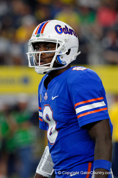 University of Florida Gators quarterback Malik Zaire looks to the sideline during the second half of the 2017 Advocare Classic at AT&T Stadium in Dallas, Texas as the Florida Gators take on the Michigan Wolverines. September 2nd, 2017.  Gator Country photo by David Bowie.