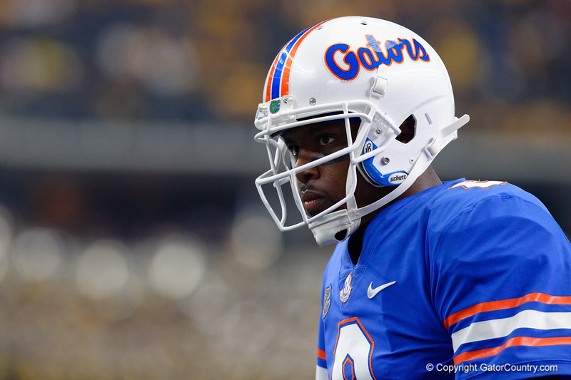 University of Florida Gators quarterback Malik Zaire during pre-gamef of the 2017 Advocare Classic at AT&T Stadium in Dallas, Texas as the Florida Gators take on the Michigan Wolverines. September 2nd, 2017.  Gator Country photo by David Bowie.
