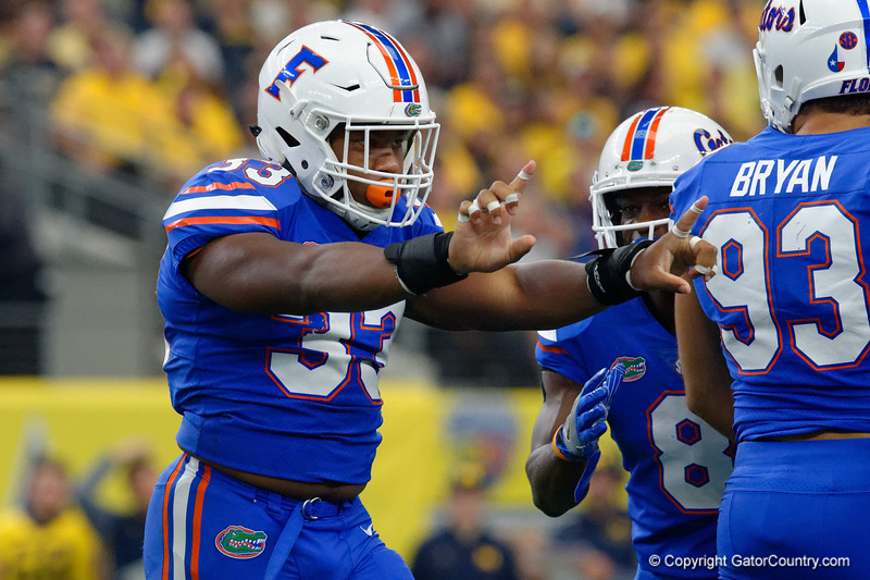 University of Florida Gators linebacker David Reese motions no-no after making a tackle during the first half of the 2017 Advocare Classic at AT&T Stadium in Dallas, Texas as the Florida Gators take on the Michigan Wolverines. September 2nd, 2017.  Gator Country photo by David Bowie.