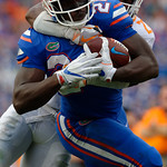 University of Florida Gators running back Mark Thompson rushing around the outside during the second half as the Florida Gators defeat tne Tennessee Volunteers 26-20 at Ben Hill Griffin Stadium in Gainesville, Florida. September 16th, 2017.  Gator Country photo by David Bowie.