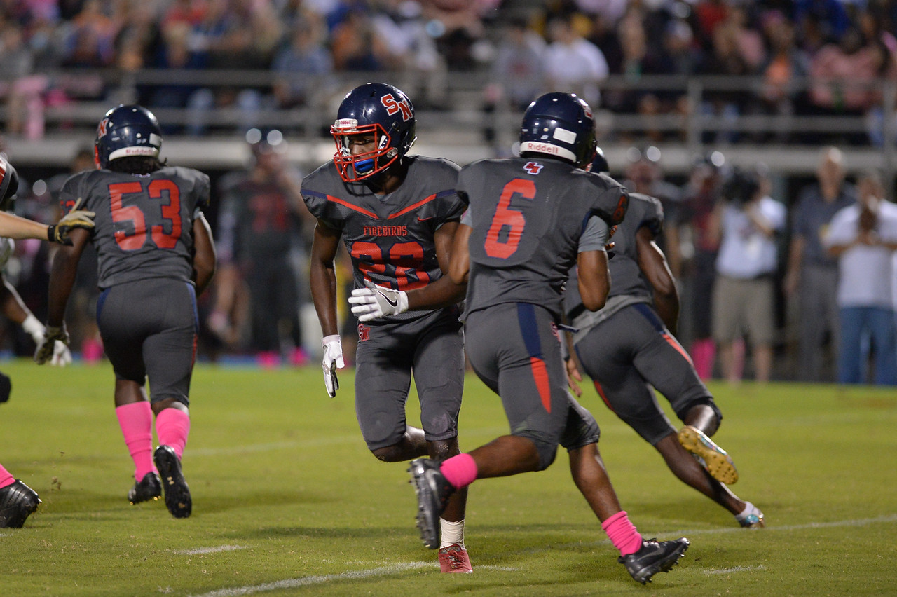 Southern Nash Kendrick Bell (6) during tonight game.Southern Nash defeats Northern Nash 49-0 Friday evening October13, 2017 (Photos by Anthony Barham / WRAL contributor.)