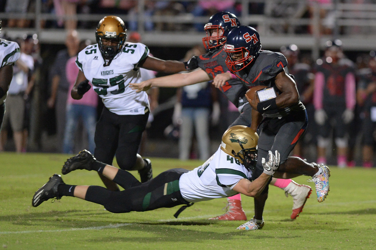 Southern Nash Nadir Thompson (7) during tonight's game.Southern Nash defeats Northern Nash 49-0 Friday evening October13, 2017 (Photos by Anthony Barham / WRAL contributor.)