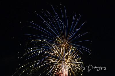 2017 Fireworks-4545