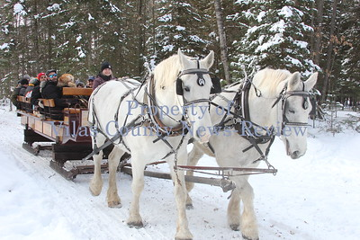 Rocking W Stables Sleigh Rides