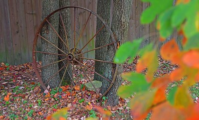 fall_wagon_wheel1