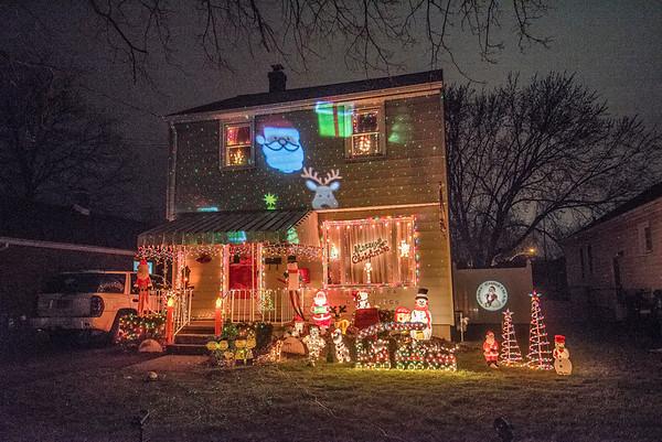 171220 Holiday Lights 1