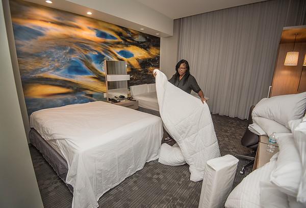 171006 Hotel Staffing 1