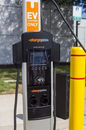 170914 NU Charging Stations 2