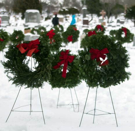 171216 Wreaths Across America 5