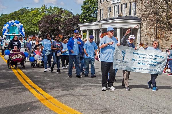 170909 Peach Festival Parade 9