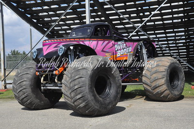 9-16, 17, 2017 Monster Truck Throwdown