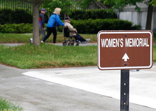 Arlington Cemetery and Women's Memorial September 2017