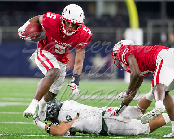 IMAGE: https://photos.smugmug.com/2017-High-School-Football/Carthage-vs-Kennedale/i-bgM9Mf8/1/8c423d04/M/2017_12_22_CarthageVsKennedale_240086-M.jpg